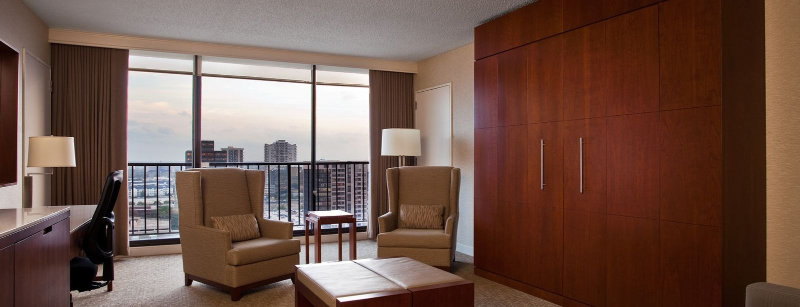 Parlor Suites - The Westin Galleria Houston